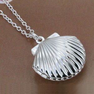 NEW✨ Seashell Silver Photo Locket Mermaid Necklace